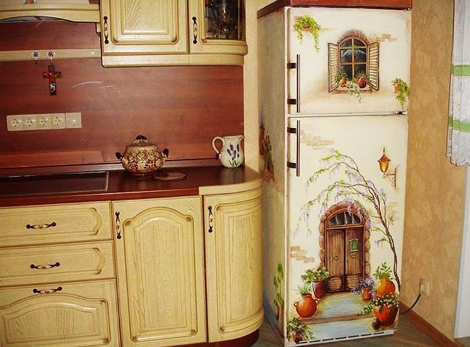 decoupage-fridge