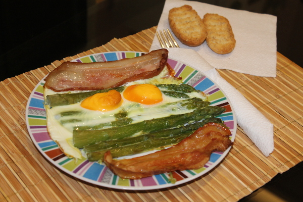 Easy and Healthy Asparagus Brunch