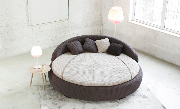 Round Beds Advantages and Disadvantages