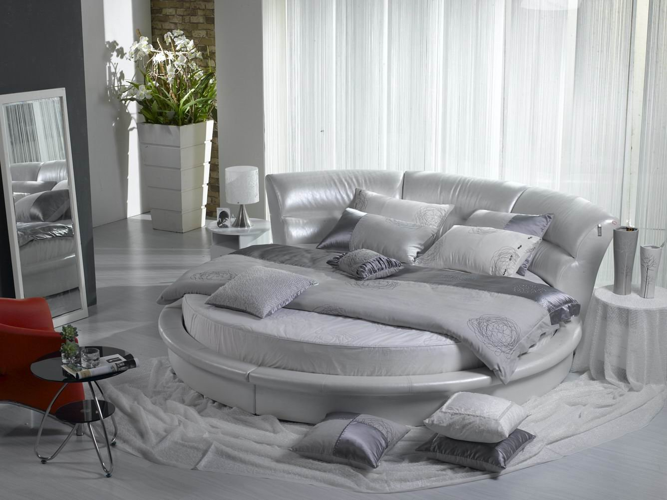 Round bed yey or nay i hate cleaning - Letto moderno design ...